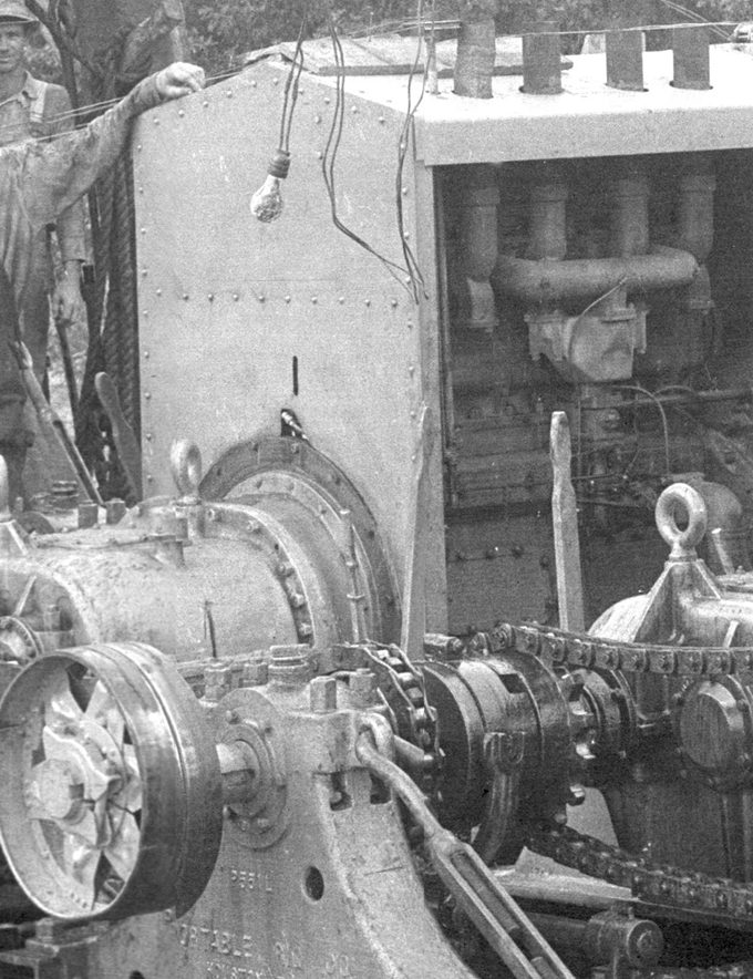 East-Texas-Gears-and-chains-1930s_UPCLOSE2