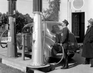 Humble & Esso Oil Station Pump 1937