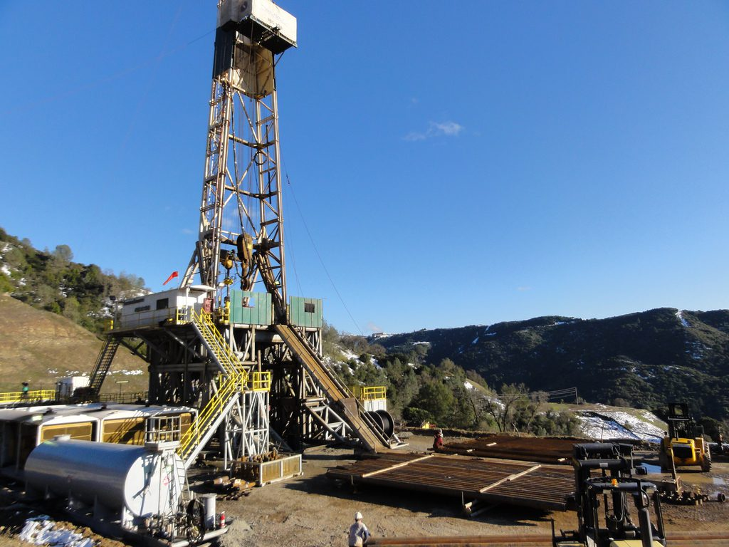 HENDERSON to perform major drilling rig refurbishment for Energy Drilling Company