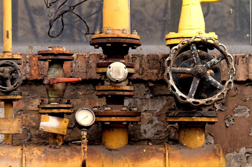 How to Protect Steel Structures in the Oil and Gas Industry from Corrosion