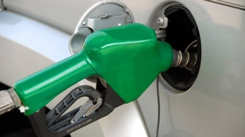 Gasoline prices decline as summer begins