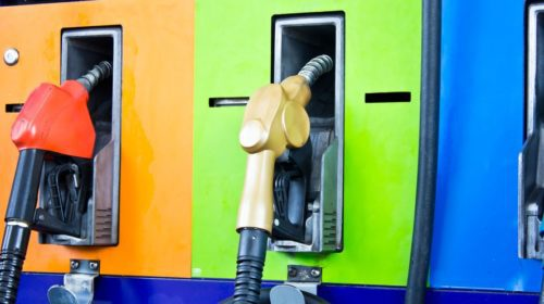 Oil, gasoline prices down for Christmas travelers